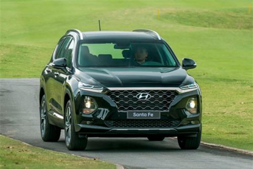 Hyundai Santa Fe trong lần ra mắt tại Ninh Bình hồi tháng 1/2019. Ảnh: Hyundai.