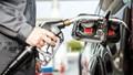 Xăng dầu giảm giá từ 16h30 ngày 12/4/2021