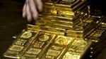 Giá vàng chốt tháng giảm mạnh nhất 2 năm
