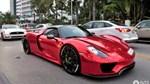 """""""Tức nổ mắt"""" với bộ áo đỏ crôm trên siêu xe triệu đô Porsche 918 Spyder"""