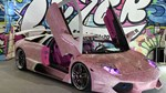 Lamborghini nạm 600.000 viên pha lê xuất hiện tại Nhật Bản
