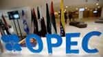 OPEC, các đồng minh xem xét kế hoạch hạn chế sản lượng dầu kéo dài