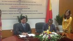 Bộ trưởng Vũ Huy Hoàng ký bản ghi nhớ thương mại gạo với Timor-Leste