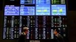 Chứng khoán châu Á giảm do nhà đầu tư thận trọng sau khi dầu giảm