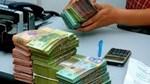 Lãi suất tiết kiệm tiền đồng tăng ở kỳ hạn dài