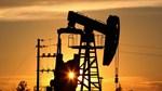 Giá dầu thế giới kết thúc tuần 24/7 tăng nhẹ
