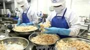 """Tôm Việt tìm đường """"bơi"""" vào các thị trường"""