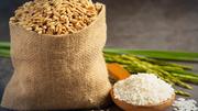 Xuất khẩu gạo Thái Lan hồi sinh nhờ baht suy yếu và có mưa trở lại