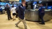 Sắp định đoạt số phận Hy Lạp, USD, chứng khoán Mỹ giảm đồng loạt