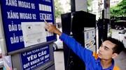 """Bộ Tài chính """"phản pháo"""" ý kiến bỏ lợi nhuận định mức xăng dầu"""