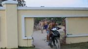 Đà Nẵng phá rào biệt thự mở đường ra biển cho dân
