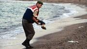 Bão di cư vào châu Âu: Chờ Đức hành động