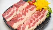 Giá gia cầm tăng, giá thịt lợn rớt thảm hại