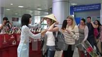 Gia hạn việc miễn thị thực có thời hạn với công dân một số nước
