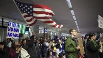 Thời gian xin cấp thị thực nhập cảnh vào Mỹ sẽ bị kéo dài lâu hơn