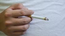 Hút thuốc lá tàn phá dạ dày thế nào?