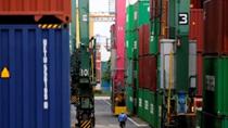 Tăng trưởng xuất khẩu của Nhật Bản chậm lại do chi phí nhập khẩu tăng cao