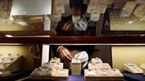 Người Nhật ồ ạt bán kim cương