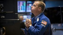Chứng khoán Mỹ giảm 4% trong phiên bán tháo mạnh nhất 4 năm