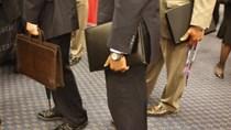Mỹ: Sản xuất trì trệ, số đơn xin trợ cấp thất nghiệp tăng nhẹ