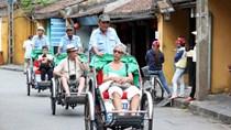Khách quốc tế đến Việt Nam tiếp tục giảm
