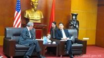 Bộ trưởng Trần Tuấn Anh tiếp Đại sứ Michael Froman tại Trụ sở Bộ Công Thương, Hà Nội