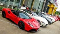 Dàn Ferrari của đại gia Sài Gòn đi bảo dưỡng