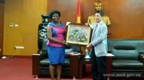 Bộ trưởng Trần Tuấn Anh tiếp Phó Chủ tịch Ngân hàng Thế giới