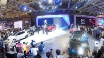 Vietnam Motor Show 2016 diễn ra ở Hà Nội, quy tụ 13 hãng xe