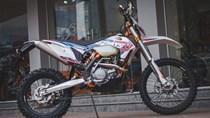 """Ngắm nhìn """"cào cào"""" KTM giá gần 400 triệu Đồng tại Hà Nội"""