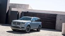 SUV hạng sang cỡ lớn Lincoln Navigator 2018 ra mắt với thiết kế thanh lịch