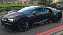 Vẻ đẹp của siêu xe 2,5 triệu USD, Bugatti Chiron đầu tiên tại Anh quốc