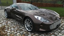 """""""Siêu phẩm"""" Aston Martin One-77 gần như mới tinh rao bán 56 tỷ Đồng"""