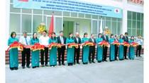 Thứ trưởng Cao Quốc Hưng cắt băng khánh thành Phòng thử nghiệm HSNL máy ĐHKK