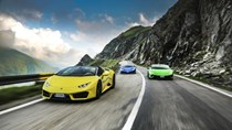 Mãn nhãn với hành trình siêu xe Lamborghini Huracan qua quê hương của Dracula