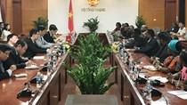Bộ trưởng BCT tiếp Bộ trưởng CN, TM & ĐT và Bộ trưởng Bộ NN của Tan-da-ni-a