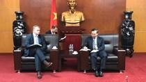 Thứ trưởng Hoàng Quốc Vượng tiếp Thứ trưởng Bộ Công nghiệp Cộng hòa Belarus
