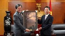 Bộ trưởng Trần Tuấn Anh tiếp Chủ tịch kiêm Tổng giám đốc Công ty Mitsui & Co Nhật Bản