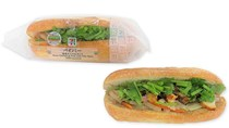 Bánh mì Việt Nam bất ngờ xuất hiện trên kệ của hệ thống 7-Eleven tại Nhật Bản
