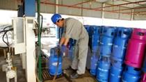 Giá gas giảm 8.000 đồng bình 12kg