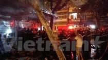 Hà Nội: Cháy cửa hàng bán đồ lưu niệm trên phố Hàng Mã
