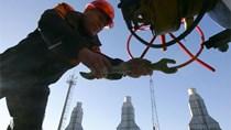 """Giá dầu 30 USD/thùng, """"thảm họa"""" đối với kinh tế Nga"""