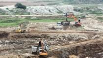 Hà Nội dồn sức xử lý bãi chứa vật liệu xây dựng