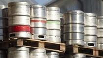 Mỹ sẽ áp thuế mới với mặt hàng đệm và thùng đựng bia của Trung Quốc