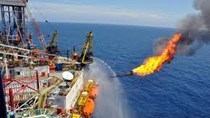 Doanh nghiệp Trung Quốc dè chừng mua dầu thô Mỹ