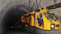 Đối tác Ba Lan hỗ trợ TKV cơ giới hóa vận tải hầm lò