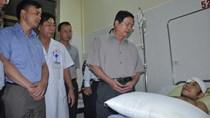 Bộ trưởng Vũ Huy Hoàng kiểm tra khắc phục lũ lụt ở Quảng Ninh