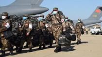 Thêm 1.200 lính quân y đến Vũ Hán