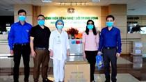 Bộ CT hỗ trợ Bv nhiệt đới Trung ương một số trang thiết bị y tế chống dịch Covid-19