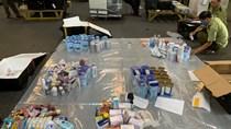 Buôn hàng lậu qua đường hàng không: một miếng mồi béo bở đầy tinh vi